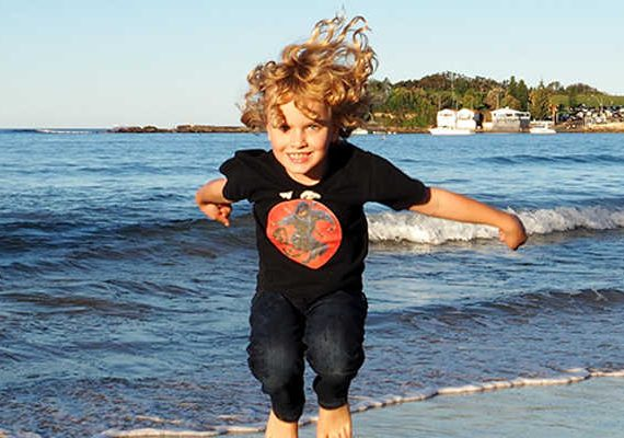 Boy Eats World: Crowne Plaza Terrigal out and about on the beaches